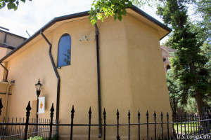 Adobe chapel